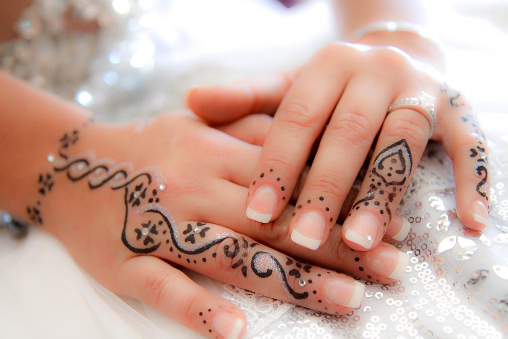 Mains héné mariage oriental